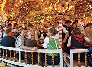 Hochreiters Weissbier-Carousel auf dem Oktoberfest