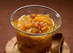 Aprikosen-Schalotten-Chutney